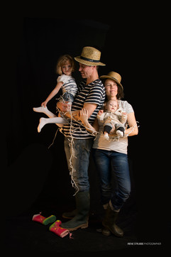 Portraits famille, couple, nouveaux-nés © Irène Strubbe