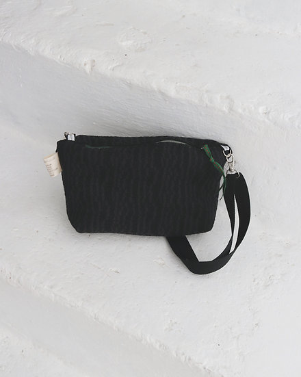 """MINI BRIDGET"" Zipper Clutch 