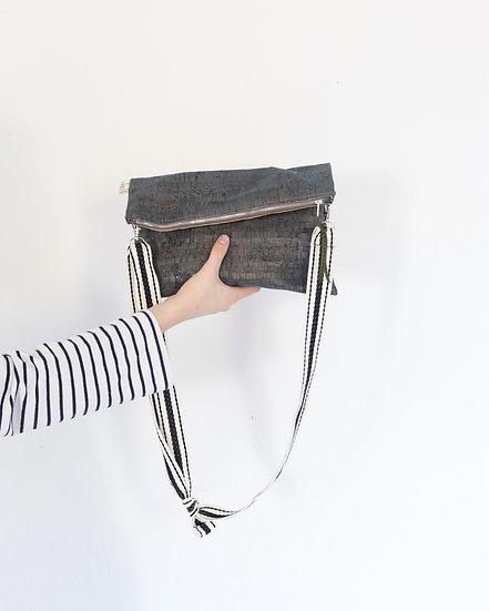 """BERTA"" Folded Zipper Clutch   Plegado Cremallera"