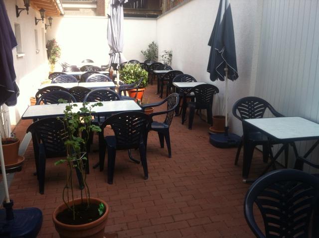 Restaurant Hellas Biergarten