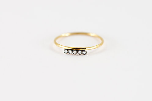 Elizabeth - Gold Ring