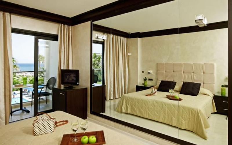 faliraki-beach-mitsis-hotels-18051115-1377690319-ImageGalleryLightbox