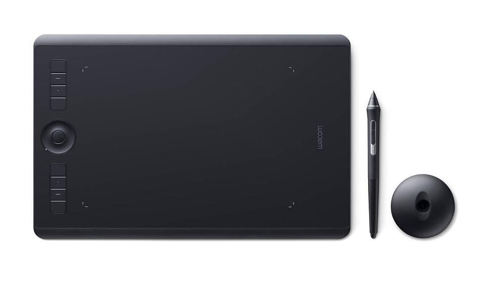 An image of the Wacom Intuos Pro PTH660 (Small)