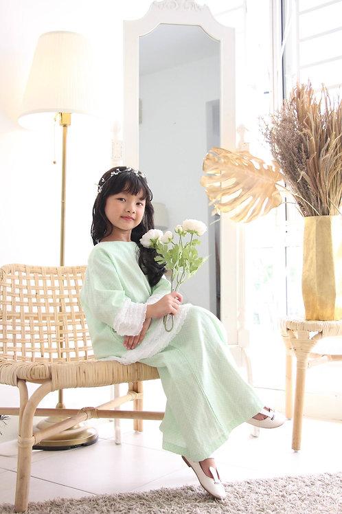 Layla Kurung