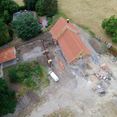 Bau der Außenanlagen - Vorbereitungen laufen auch Hochtouren