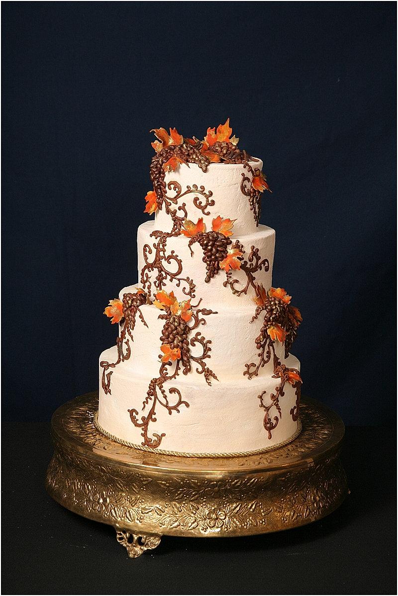 M And M Wedding Cake
