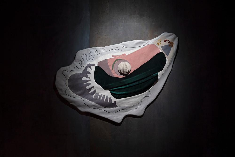 hermaphrodite endormi.e - Stephanie sago