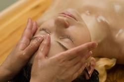 massaggio_ayurvedico viso