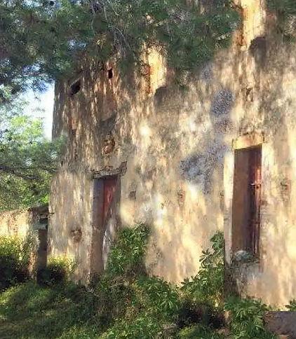 ruined farmhouse.jpg