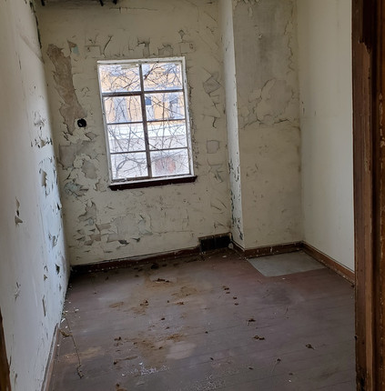 #17 room.jpg