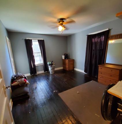bed 1 photo 7.jpg