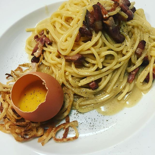 All about classic!!! #carbonara #thionirestaurant #mykonos2016 #bestintown #semeligroup #semelihotel