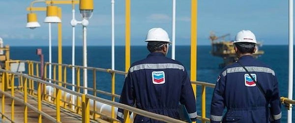 chevron workers.jpg