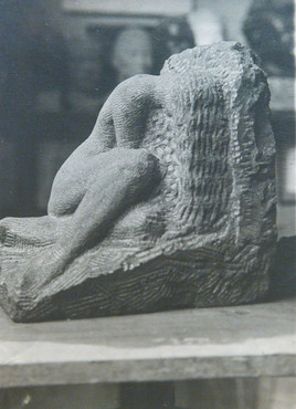 Án titils/árs (hoggið grágrýti) – No title/year (sculpted basalt)