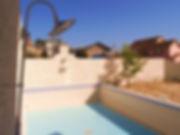 輸入住宅/住宅施工例/プールがある家。鉄筋こんくrこんくりーコンクリート製のプールはたいるタイルデザインまで設計