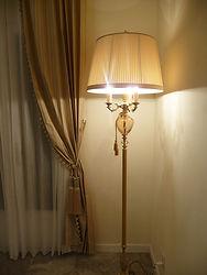 輸入住宅/住宅施工事例/イタリアミラノの家具メーカーの照明。  