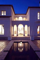 輸入住宅施工例/フランスの素材にこだわった、フランス南仏リゾート地に建つ別荘のような住まい。