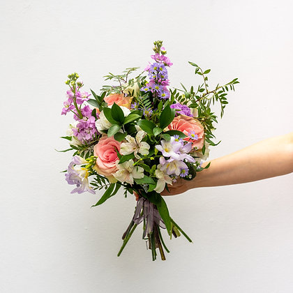 Delicate country style bouquet