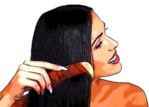 Thoroughly Detangle Your Extensions and Wigs at the End of the Day