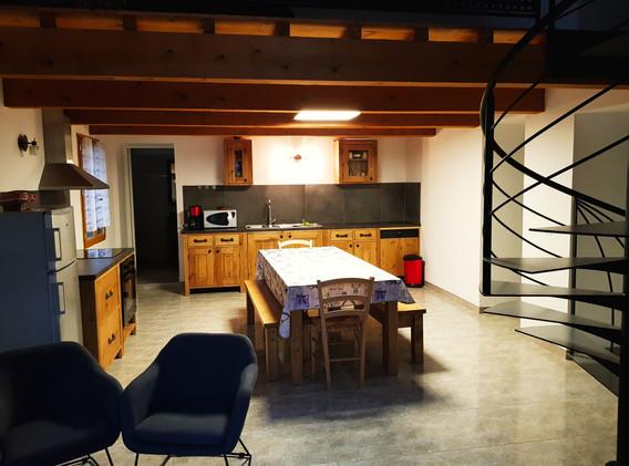 Salle de séjour-cuisine