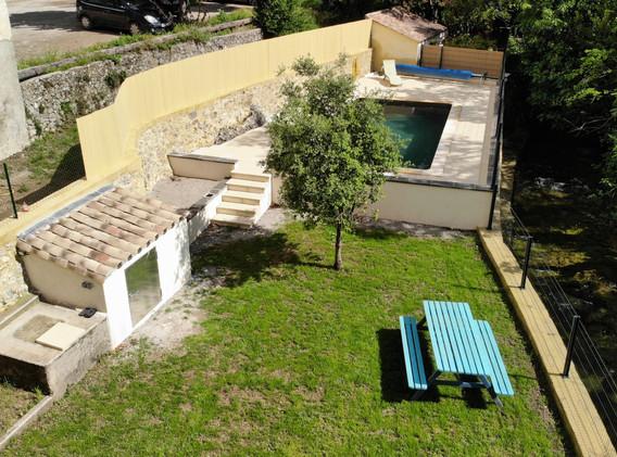 Jardin barbecue piscine
