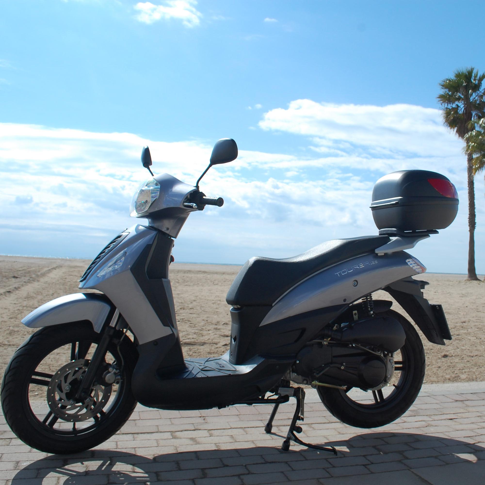 Alquiler de Scooter 125 cc