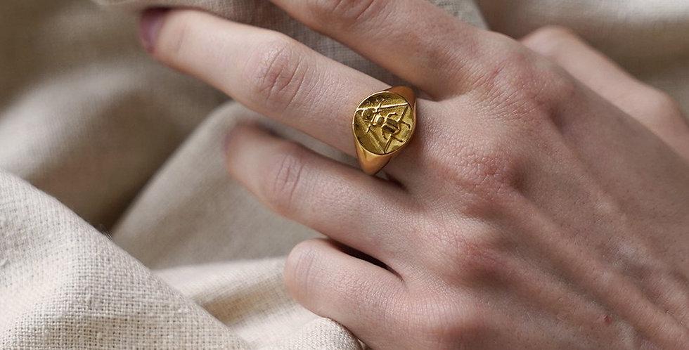 Rachel Entwistle The Scarab Signet Ring