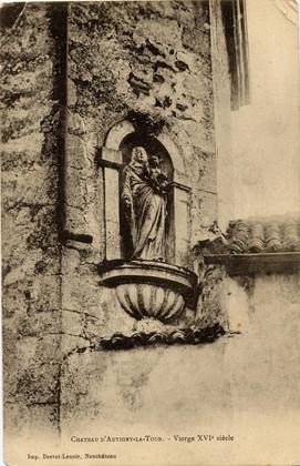 Vierges dans tour château