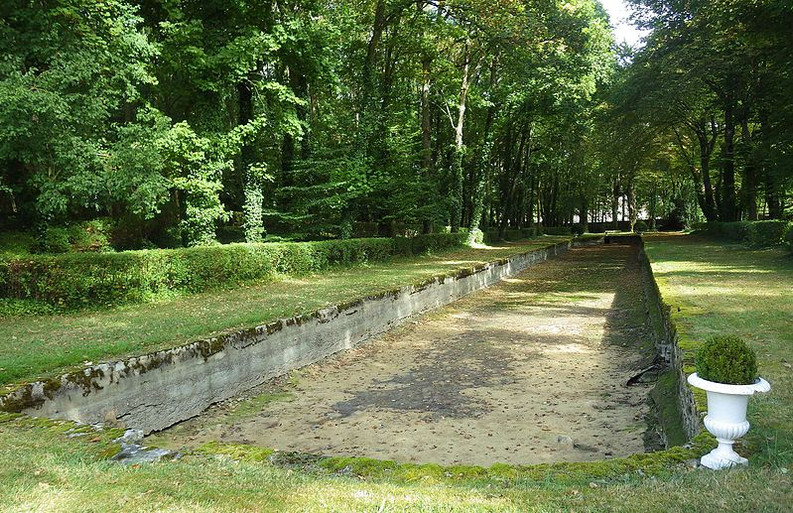 225807-second-bassin-jardin