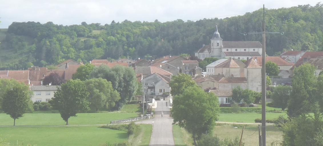 Entrée du Village D'Autigny