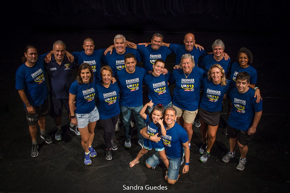 UB515 2018 - organizadores no teatro.jpg