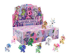Unicorno_S8_Flat_Packaging_Roster.jpg
