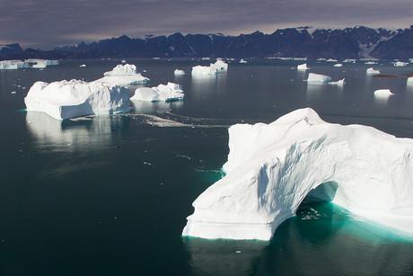 Hall Bredning, Greenland 02.jpg