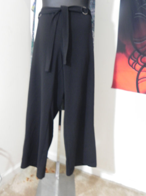 BLACK PULLUP PANTS WITH ATTACHED BELT