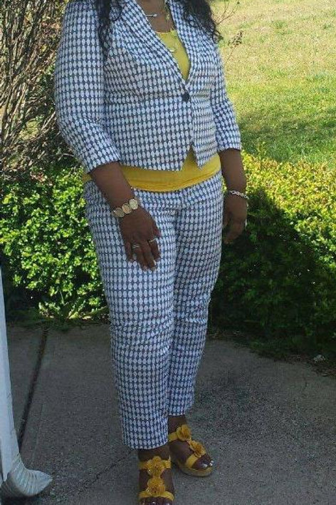 BLUE AND WHITE PANTS SUIT