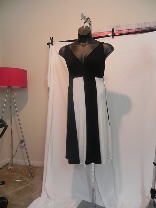 BLACK & WHITE SWING TANK DRESS