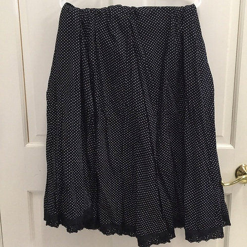 BLACK FLARE SKIRT WITH WHITE POLKA DOTS