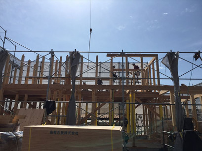 奈良県香芝市の家、棟が上がりました。