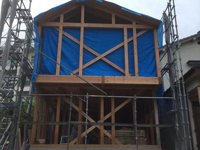 枚方市の家、木工事スタート。