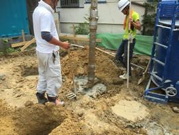 土木工事開始。湿式柱状改良も施工しました。