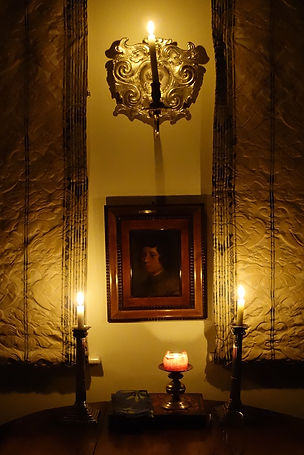 A painting seen by candlelight.JPG
