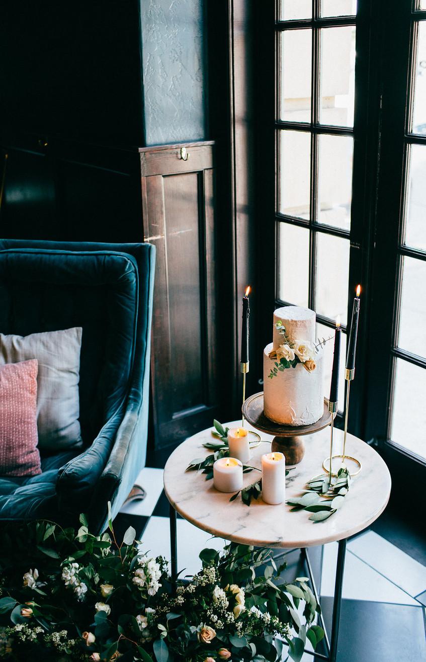 Wedding; wedding reception; Wedding cake; Austin Bride; Austin Wedding