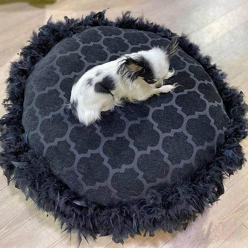 Coussin-rond-noir-sur-pattes-pour-chien-Animal-Expert-St-Bruno