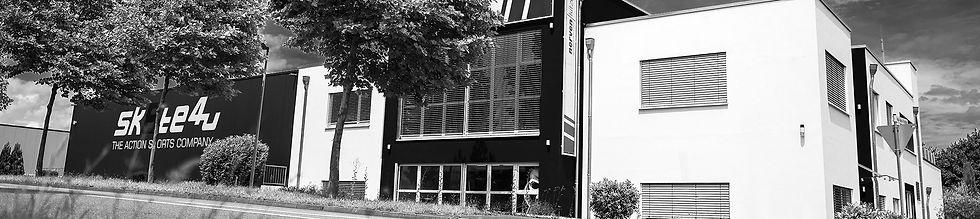Header_Banner_2014x450_Gebäude.jpg