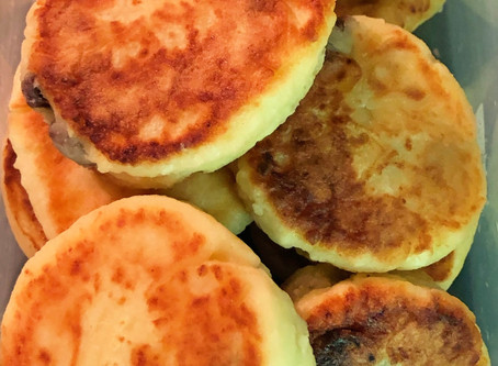Syrniki (Farmer's Cheese Patties)