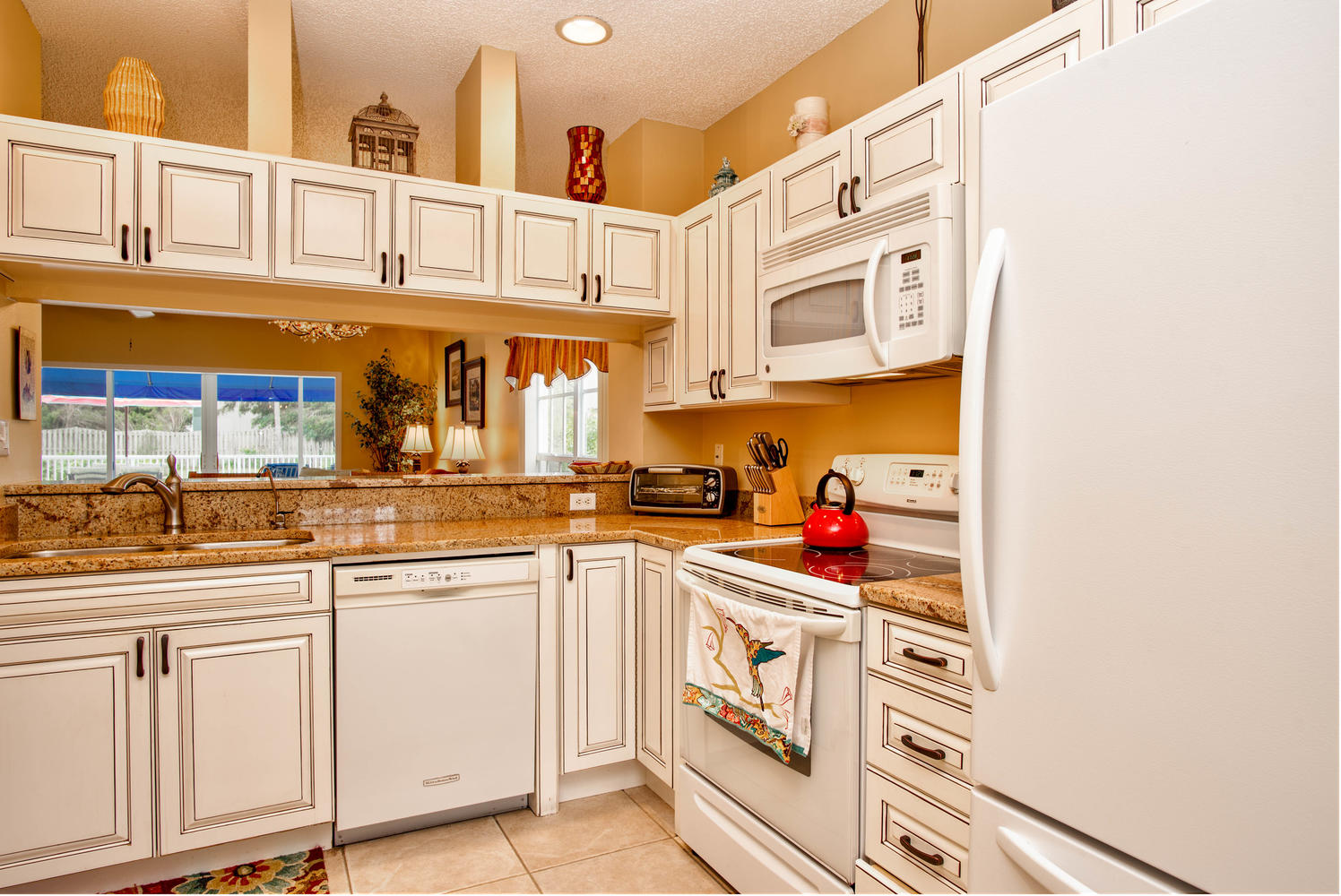 11525 Shipwatch Dr unit 1046-large-019-15-Kitchen-1497x1000-72dpi