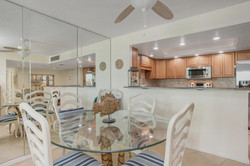 1400 gulf blvd 108 Clearwater-large-008-