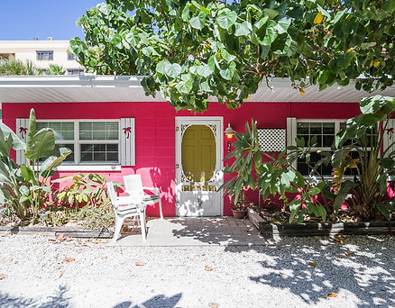 Front View of lOBSTER BUNGALOW