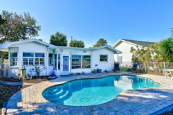422 20th Ave Indian Rocks-large-024-2-Pool  Outdoor-1498x1000-72dpi