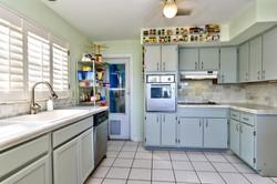 422 20th Ave Indian Rocks-large-012-4-Kitchen-1498x1000-72dpi